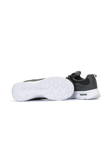 Focal Sneakers Füme